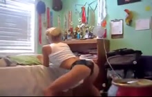 Blonde babe sexy dance and tease in the bedroom